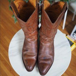 Frye Women's Bruce Pull on cowboy boot cognac